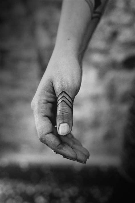 Tatuajes en la mano Significados Geniales para Hombres y