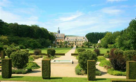 Abbaye Et Les Jardins De Valloires by Les Jardins De L Abbaye De Valloires La M 232 Re De La Mule