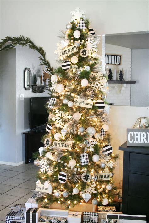 tips for decorating christmas tree black white christmas tree decor 9347