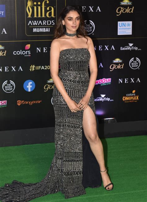 star studded  celebration  nexa iifa awards marks