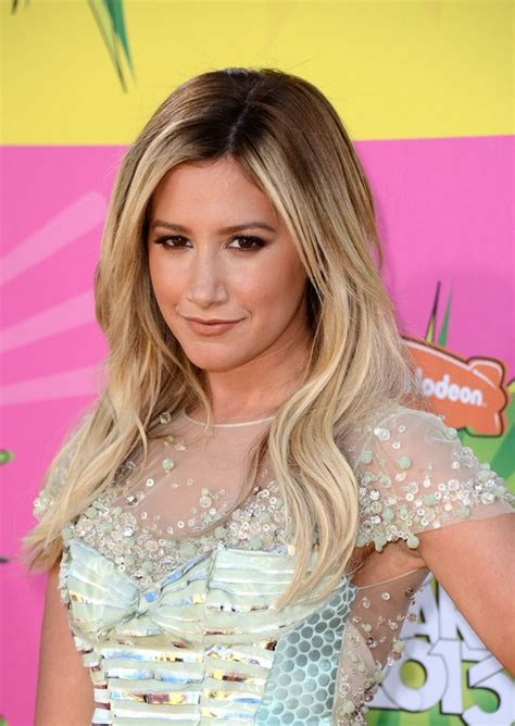 5 Different Ashley Tisdale Hairstyle   PoPular Haircuts
