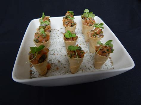 hors doeuvres catering    party  living