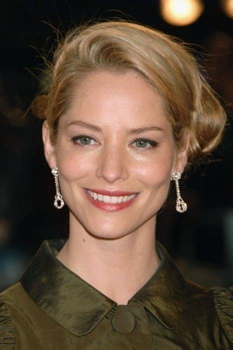 sienna guillory biografia sienna guillory biography yify tv series