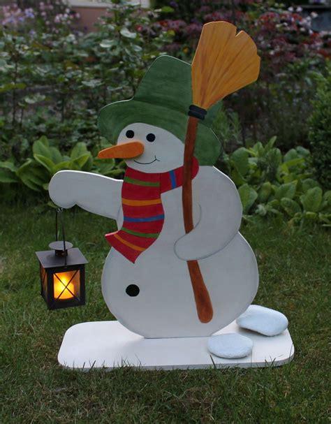 deko aus holz für weihnachten schneemann basteln dekoration greenvirals style