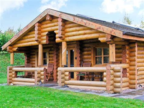 Log Cottage Cedar Log Cabin Brynallt Country Park Frankton