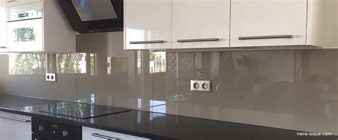 credence cuisine en verre sur mesure crédence en verre laqué pour votre cuisine verre laque com