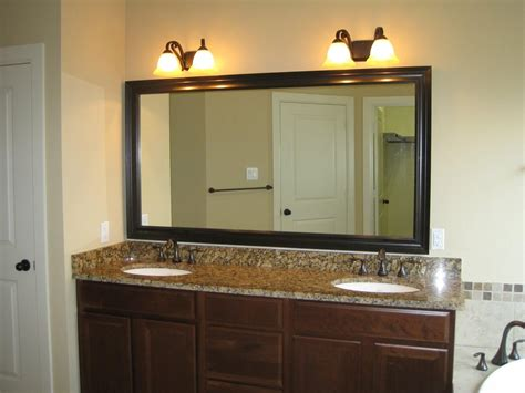 Bathroom Light Fixtures Above Mirror by Top 20 Bathroom Lighting And Mirrors Mirror Ideas