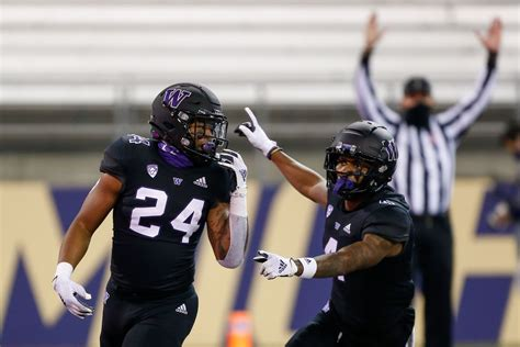College football Covid-19 schedule news: Latest Week 13 ...