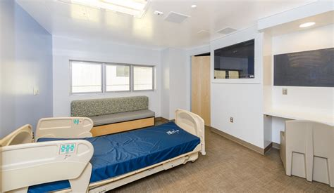 seclusion bed nationwide children s hospital new 12 600 sf behavioral health unit trinity