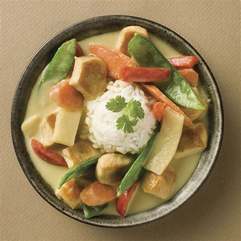 thai kitchen green curry green curry chicken recipe thai kitchen 7174
