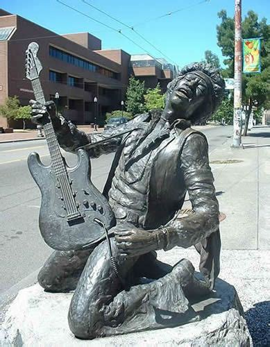 Resultado de imagem para estatuas de icones do rock | Jimi ...