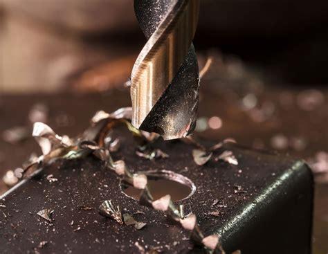 bohren metall bohren in metall worauf ist zu achten der heimwerker handwerker vom befestigungsfuchs