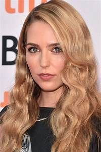 Jessica Rothe Pictures And Photos Fandango