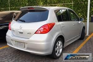 File:Nissan Tida flex fuel with badge 09 2012 BSB 4408.jpg ...