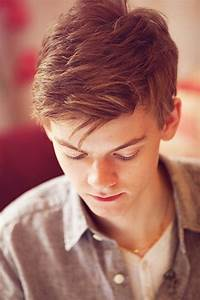 Thomas Brodie-Sangster plays Newt in The Maze Runner ...