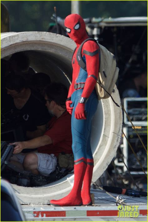 spider tom holland costume spiderman homecoming aranha traje wears homem suit sm imagenes mochila novas nerd project