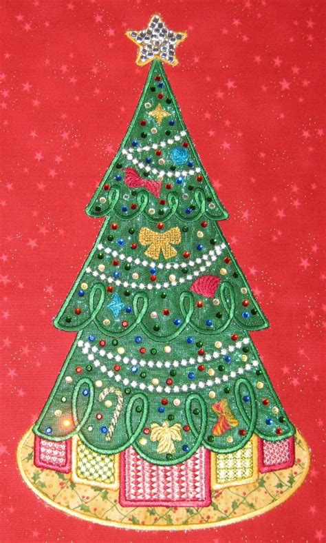 christmas tree collage digidoodlez embroidery machine