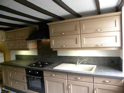 meubles de cuisine cuisine contemporaine chêne naturel gilles martel