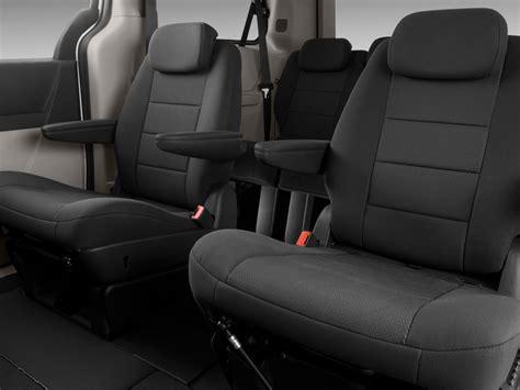 dodge caravan interior 2009 dodge grand caravan sxt 3 8 dodge minivan review