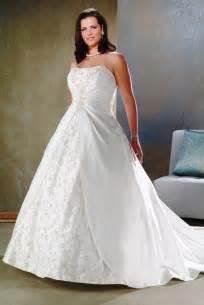 affordable plus size wedding dresses best wedding ideas searching for an affordable plus size wedding dress