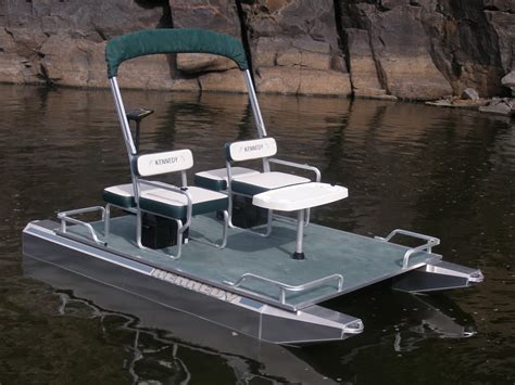 Mini Boat Electric by Small Electric Boats Small Electric Pontoons Boats For