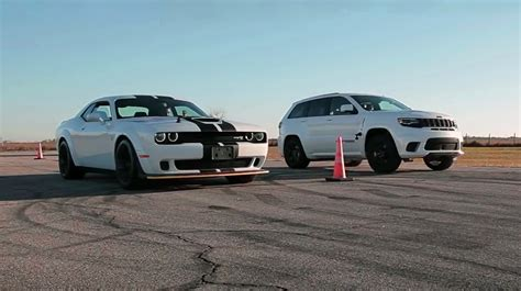 Please take into account that the dodge 0 to 60 times and quarter mile data listed on this car performance page is gathered from numerous credible sources. Bugatti Veyron VS Dodge Demon - Battle for Throne!