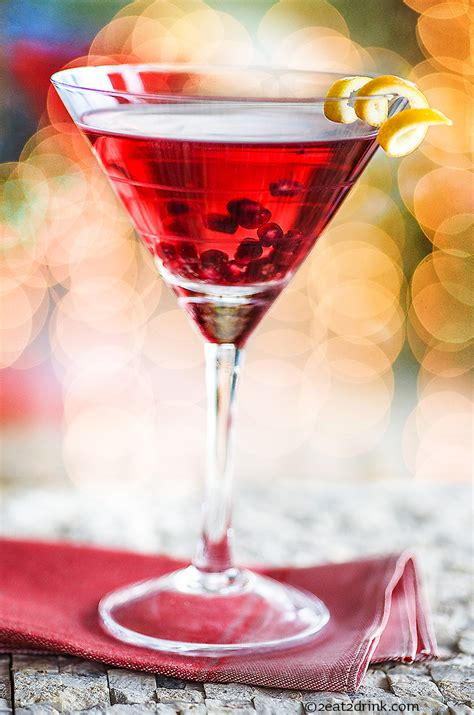 Have yourself a merry little pomegranate martini!   2eat2drink