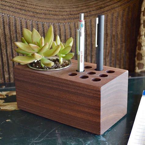 planter  holder  mike dudek tools  toys