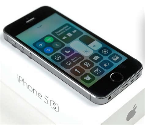 iphone 5s getting apple s iphone 5s takes comparatively mild speed hit from
