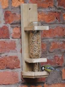 vogelhaus design wine bottle bird feeder chickenstreet