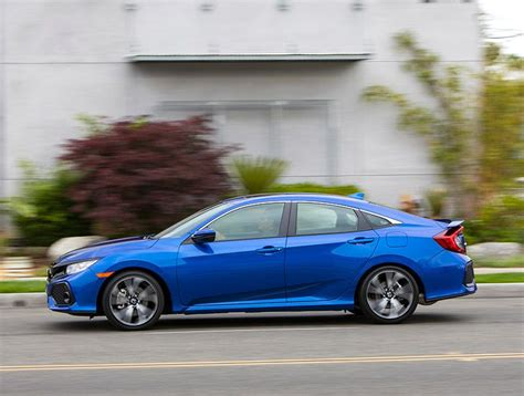 Type R Vs Si by 2018 Honda Civic Si Vs 2018 Honda Civic Type R Which Is
