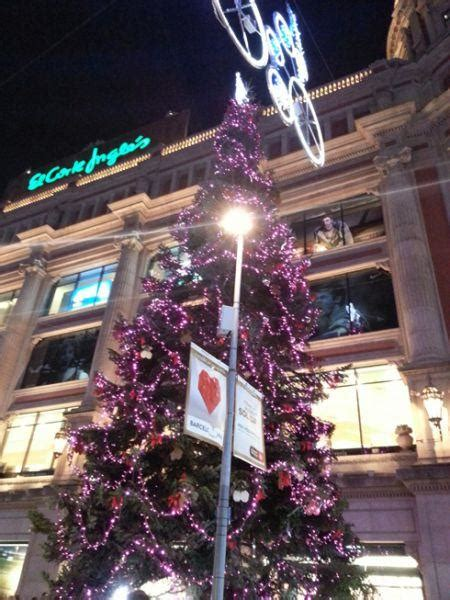 large christmas tree in barcelona