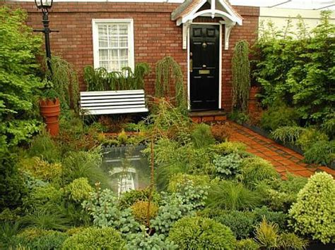 small urban garden design ideas  pictures shelterness small urban garden design urban