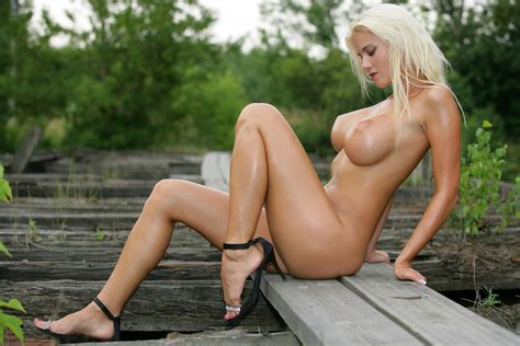 Wallpaper Girl Sexy Blonde Hot Nude Boobs Tits Legs