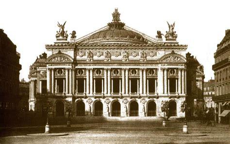 bureau de change avenue de l op a l 39 opéra de photographié par charles marville 1813 1879