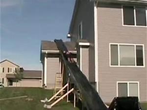 Fabriquer Un Toboggan : toboggan sur le toit de la maison par zap actu ~ Mglfilm.com Idées de Décoration
