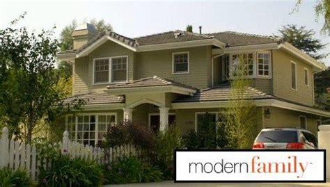 beautiful modern family dunphy house floor plan  home plans design