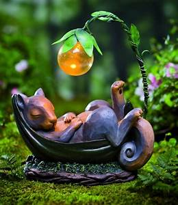 Solar lighted daydreaming animal sculpture fresh garden for Solar garden decor