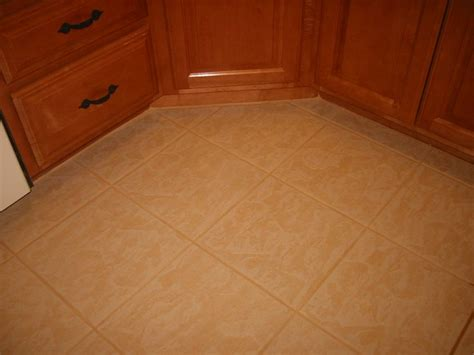 kitchen floor tile repair 46 best images about ideas for the house on 4830
