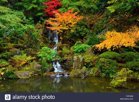 Japanischer Garten Portland by Bridge On Pond Portland Oregon Japanese Garden Douglas