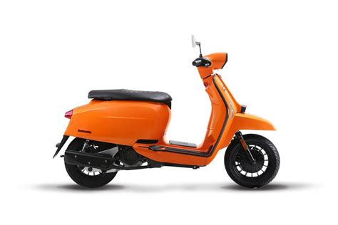 Review Lambretta V125 Special by Lambretta V200 Special Scooter Central Your One Stop
