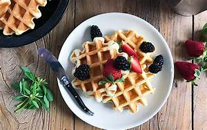 Food Bloggers of Canada How to Food Style Waffles and Pancakes