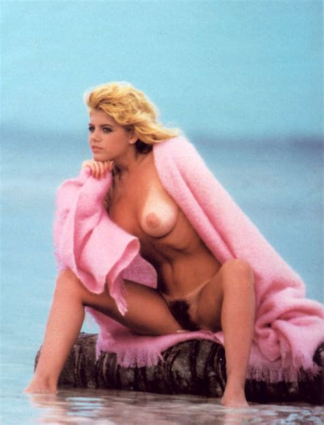 pamela saunders nude pictures rating 8 27 10