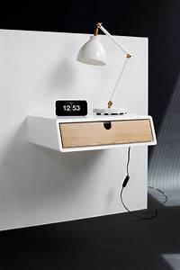 Nachttisch Zum Aufhängen : die besten 25 nachttisch ideen auf pinterest gestrichene nachttische spiegelm bel und ~ Sanjose-hotels-ca.com Haus und Dekorationen