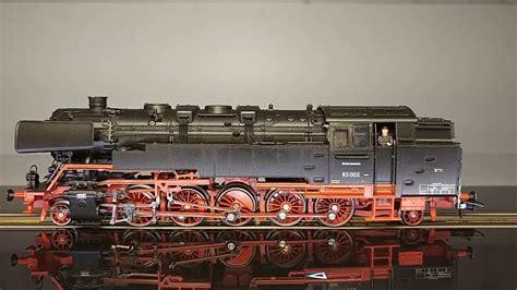 baureihe 85 trix 22702 br 85 005 db auf 10815 fleischmann roco smartrail schienenlaufband