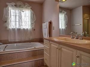 Panneau Salle De Bain Maison A Vendre : maison vendre les c teaux 155 rue des bouleaux ~ Melissatoandfro.com Idées de Décoration