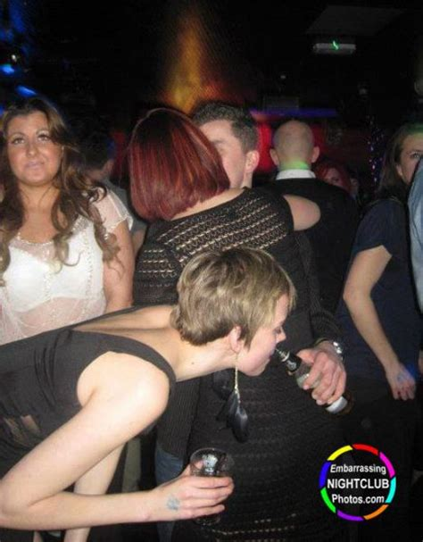 painfully awkward nightclub   pics izismilecom