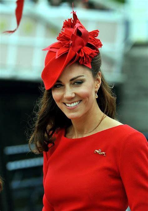 kate middleton  red dress  hats   girls beauty salon