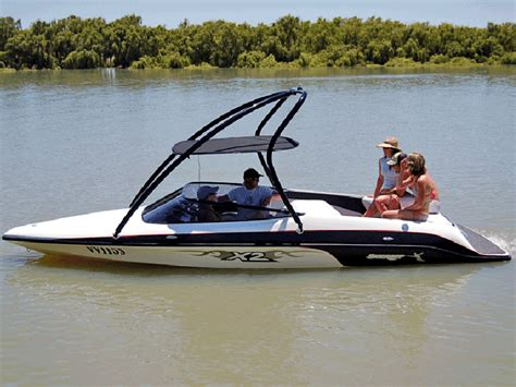 Boat Stereo Competition by Boats For Hire Freedom Boat Hire Staging