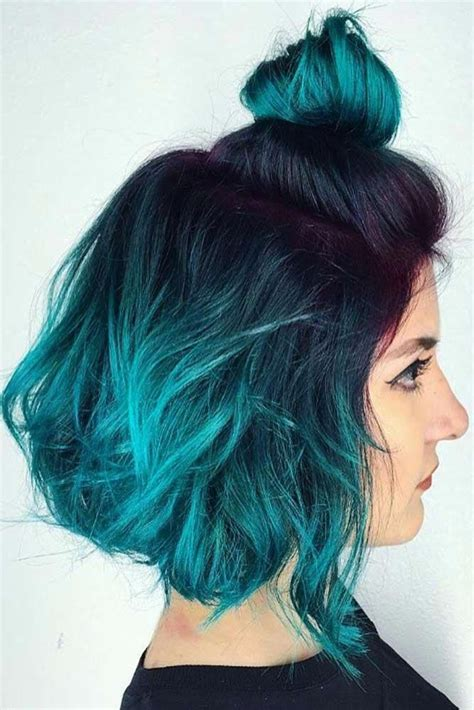 You can see the ombre hair everywhere now, but one thing you may noticed is that most of the ladies sport ombre hair are wearing long hair! #ombrehair | Short ombre hair, Blue ombre hair, Short blue ...
